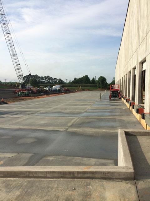 Pavement-Installation-at-Docks_480x640